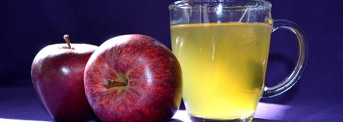 New Scientific Evidence for How Green Tea and Apples Help Prevent Heart Disease and Cancer