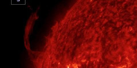 Solar Filaments Erupt, I Wish I Knew This When I 'Woke Up'| S0 News August 2, 2015