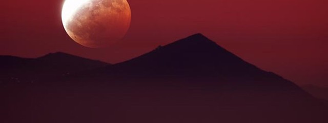Very Rare Supermoon Lunar Eclipse Will Wow Viewers This Month