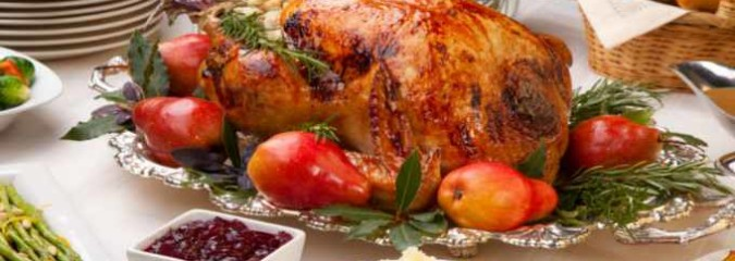 6 Tips To Enjoy Your Thanksgiving Dinner Without Getting Stuffed