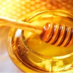 9 Reasons To Eat Honey Daily