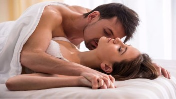 How to Effectively Share Your Sexual Wishes With Your Lover