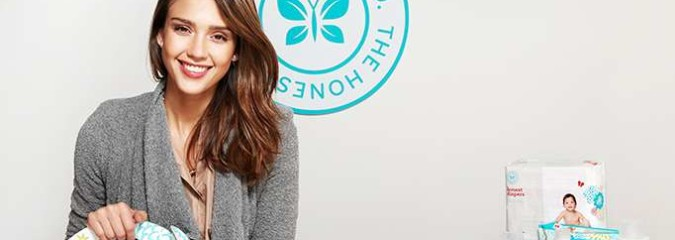 """Jessica Alba's """"Honest Company"""" Sued Over Toxic Ingredients In """"Organic"""" Products (Avoid Their Baby Formula!)"""