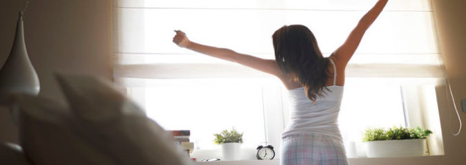 7 Ways To Be More Alert in the Morning (Without Coffee!)