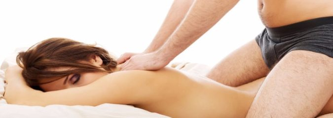 5 Steps to Giving a Woman an Amazing, Sensual Massage (Male Sex Coach Shares Advice)