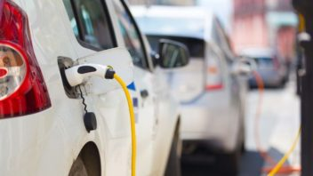 Sales of Electric Cars Surge Globally – Guess Which Country Is Driving the Trend